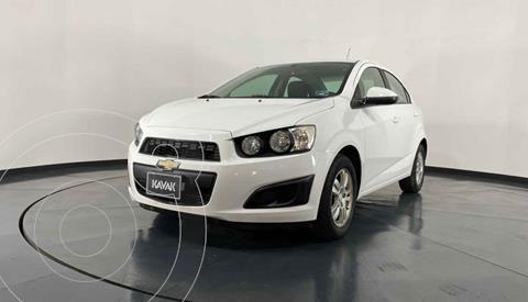 Chevrolet Sonic LT Aut usado (2016) color Blanco precio $149,999
