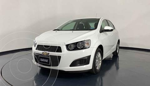 Chevrolet Sonic LT usado (2016) color Blanco precio $147,999