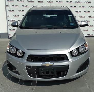 Chevrolet Sonic LS usado (2016) color Plata Dorado precio $156,000