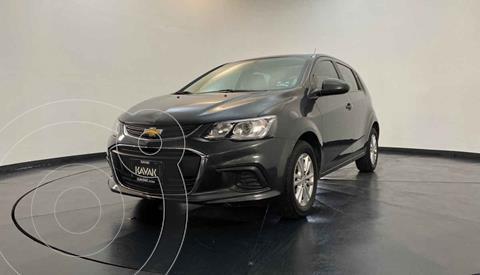 Chevrolet Sonic LT HB usado (2017) color Gris precio $174,999