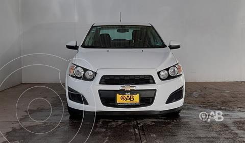 Chevrolet Sonic LTZ Aut usado (2016) color Blanco precio $155,000