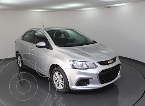 Chevrolet Sonic LT usado (2017) color Plata Dorado precio $139,000