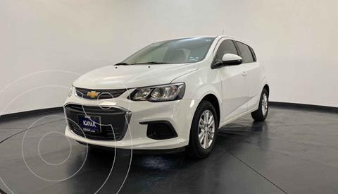 Chevrolet Sonic LT HB usado (2017) color Blanco precio $177,999