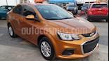 Foto venta Auto usado Chevrolet Sonic Paq D (2017) color Naranja precio $175,000
