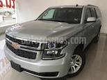 Foto venta Auto usado Chevrolet Suburban LS Tela (2016) color Plata Brillante precio $469,900