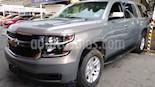 Foto venta Auto usado Chevrolet Suburban LT Piel Banca (2019) color Gris precio $879,900