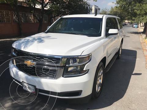 Chevrolet Suburban LT Piel Banca usado (2016) color Blanco precio $590,000