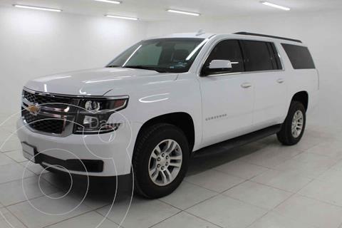 Chevrolet Suburban LS Tela usado (2019) color Blanco precio $689,000