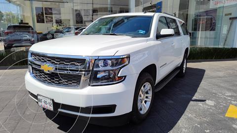 Chevrolet Suburban LT Piel usado (2016) color Blanco precio $599,000