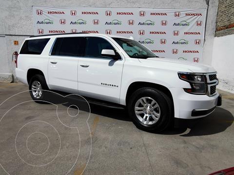 Chevrolet Suburban LS Tela usado (2018) color Blanco precio $509,000