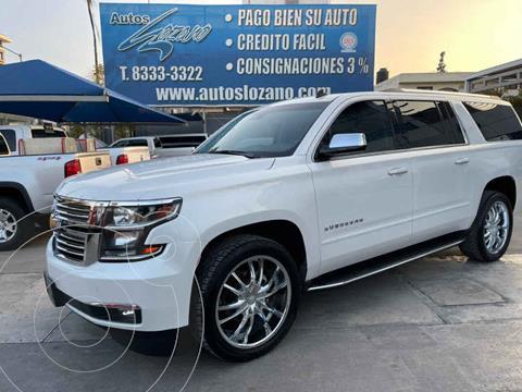 Chevrolet Suburban Premier Piel 4x4 usado (2017) color Blanco precio $729,900