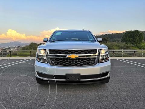 Chevrolet Suburban LT Piel usado (2017) color Plata Dorado precio $670,000