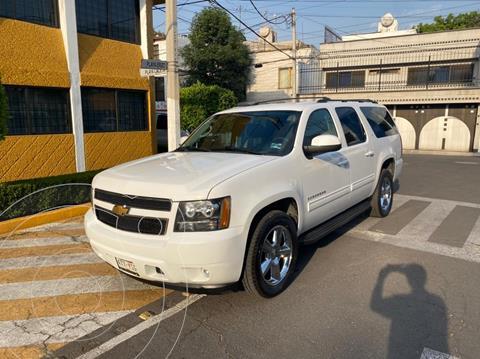 Chevrolet Suburban Paq B usado (2013) color Blanco precio $299,900