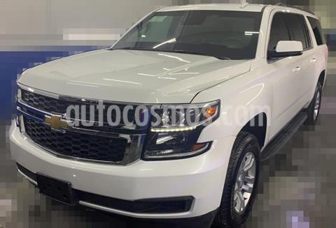 Chevrolet Suburban LT Piel usado (2020) color Blanco precio $2,300,000