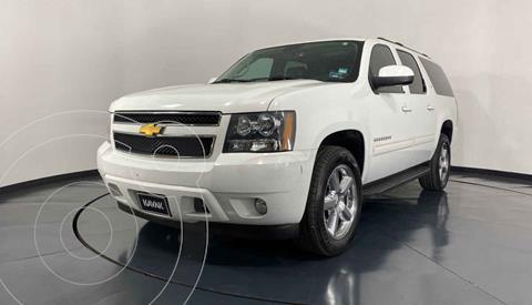 Chevrolet Suburban LT Piel Cubo usado (2014) color Blanco precio $509,999