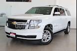 foto Chevrolet Suburban 5p LT V8/5.3 Aut Piel 2da/Banca usado (2016) color Blanco precio $489,000