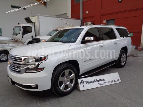 Chevrolet Suburban LT Piel Plus 4x4  usado (2016) color Blanco precio $619,000