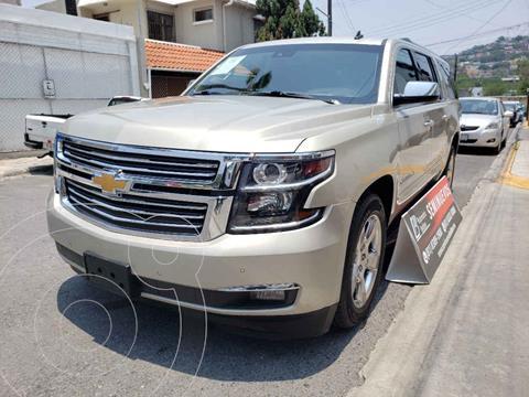 Chevrolet Suburban LTZ 4x4 usado (2016) color Dorado precio $574,000