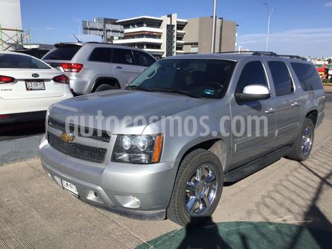 Chevrolet Suburban LT Piel usado (2013) color Plata Dorado precio $285,000