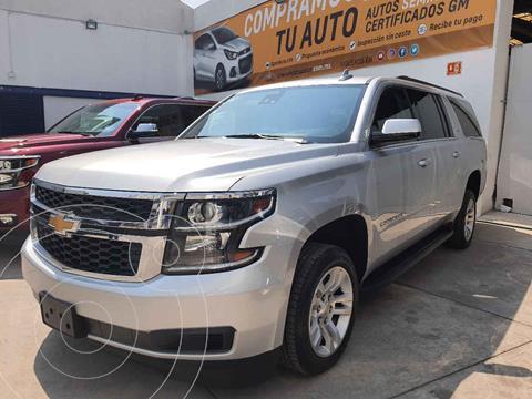 Chevrolet Suburban LT Piel Banca usado (2019) color Plata precio $759,000