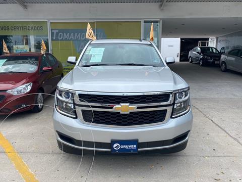 Chevrolet Suburban LS Tela usado (2015) color Plata Dorado precio $530,000