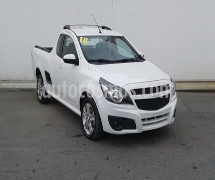 Chevrolet Tornado LT usado (2018) color Blanco precio $235,000