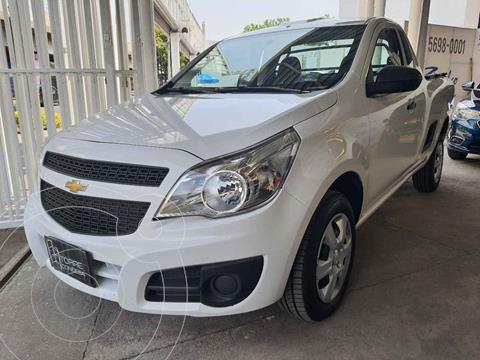 Chevrolet Tornado LS Ac usado (2020) color Blanco precio $259,000