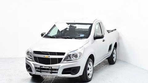 Chevrolet Tornado LS usado (2019) color Blanco precio $232,672