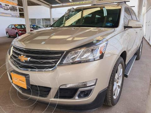 Chevrolet Traverse LT 7 Pasajeros usado (2017) color Dorado precio $369,000