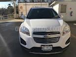 Foto venta Auto usado Chevrolet Trax LT Aut (2016) color Blanco precio $235,000
