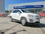 Foto venta Auto usado Chevrolet Trax LT Aut (2016) color Blanco precio $240,000