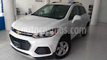 Foto venta Auto usado Chevrolet Trax LT Aut (2019) color Blanco precio $263,900