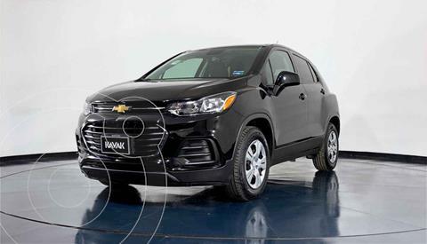 Chevrolet Trax LS usado (2017) color Gris precio $242,999