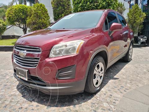 Chevrolet Trax LS usado (2016) color Rojo Tinto precio $185,000