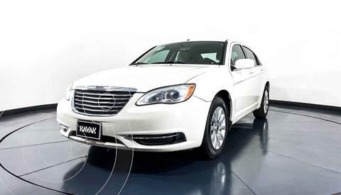 Chrysler 200 2.4L Touring usado (2012) color Beige precio $117,999