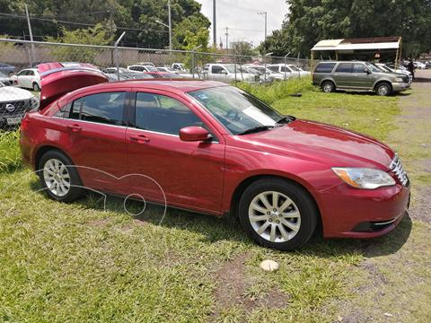 foto Chrysler 200 2.4L Touring  usado (2013) color Rojo Cerezo precio $120,000