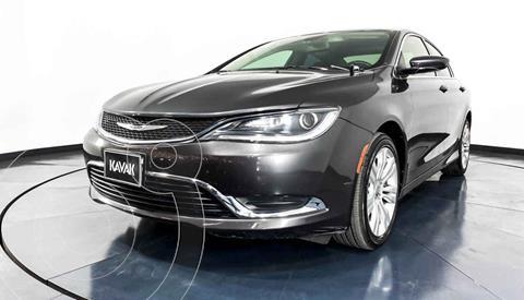 Chrysler 200 2.4L Limited usado (2015) color Gris precio $192,999