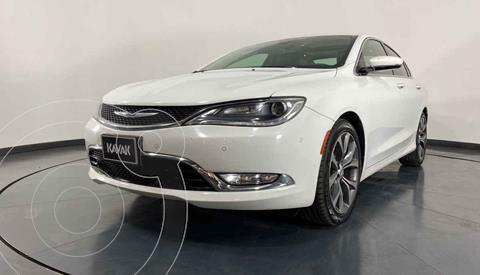 Chrysler 200 200C usado (2015) color Blanco precio $257,999