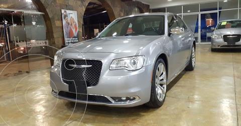 Chrysler 300 C 3.6L Pentastar usado (2017) color Plata Dorado precio $305,000