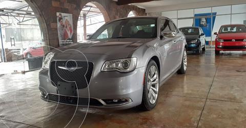 Chrysler 300 C 3.6L Pentastar usado (2017) color Plata Dorado precio $309,900