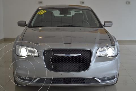 Chrysler 300 C 3.6L V6 usado (2018) color Plata precio $395,000