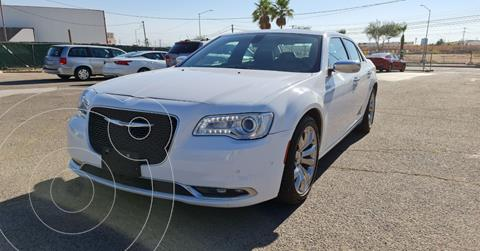 Chrysler 300 C 3.6L Pentastar usado (2018) color Blanco precio $383,890