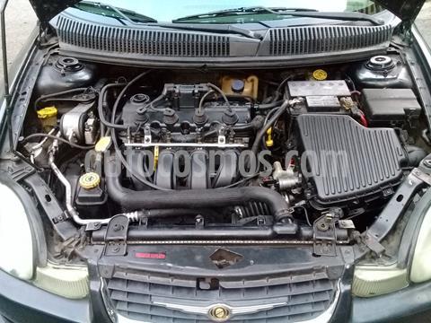 Chrysler Neon Se L4,2.0i,16v A 1 1 usado (2002) color Gris precio u$s1.300