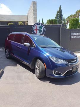Chrysler Pacifica Limited usado (2017) color Azul Oscuro precio $495,000