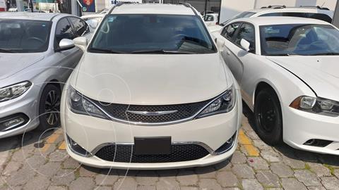 Chrysler Pacifica Limited usado (2019) color Blanco precio $598,000