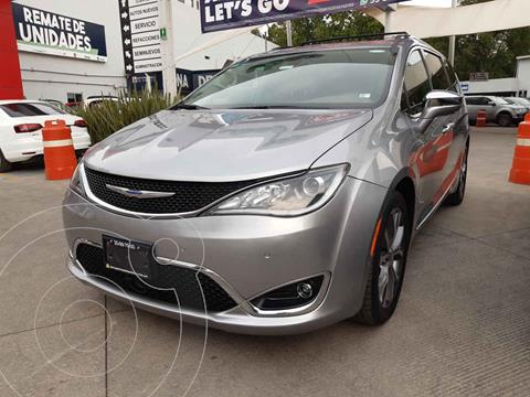 Chrysler Pacifica Limited Platinum usado (2019) color Plata precio $652,000