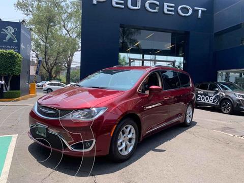 Chrysler Pacifica Limited usado (2019) color Vino Tinto precio $582,900