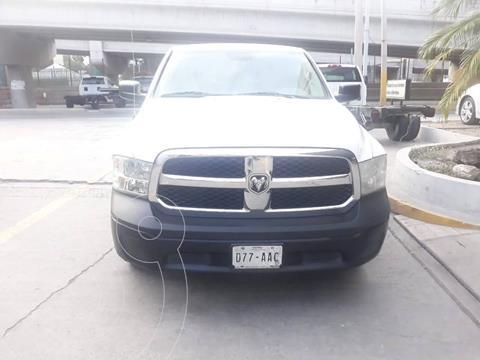 Chrysler Ram 1500 Custom usado (2015) color Blanco precio $309,900