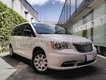 Foto venta Auto usado Chrysler Town and Country 5p Base V6/3.6 Aut (2013) color Blanco precio $169,000