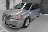 Foto venta Auto usado Chrysler Town and Country 5p Li V6/3.6 Aut (2016) color Plata precio $239,900